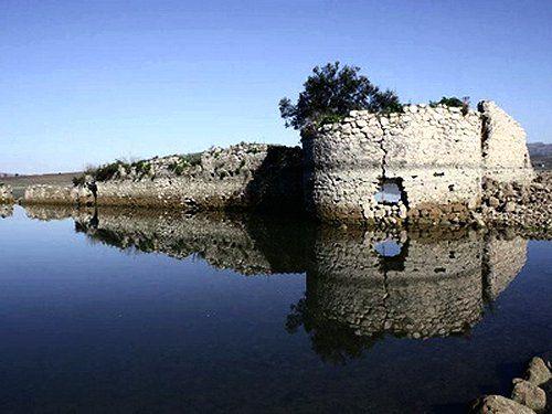 Sambuca. Ancient ruins #luoghistorici #sambucadicilia #terresicane #valledelbelice #sicily #settesoli #historicalbuildings #viaggioinsicilia