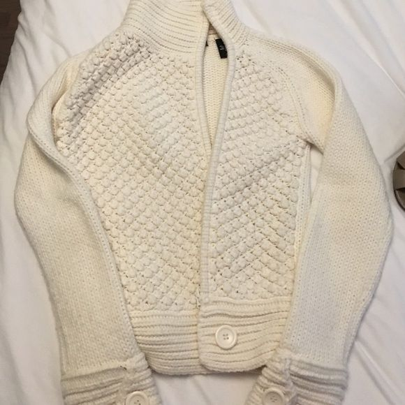 Creme Victoria secret sweater with zipper Creme sweater. Zips. Worn a few times but still Like new. Never washed/ dried Moda International Sweaters Cardigans