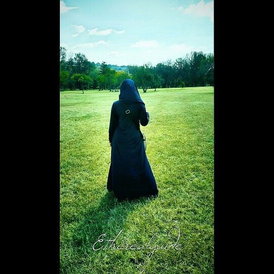 Scarf attached to abaya
