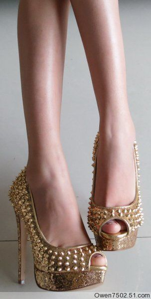 high-heeled shoes - http://zzkko.com/n150927-enuine-ST-13-new-rivets-models-shoes-dichroism-36.5-36-37.5-38.html $20.90