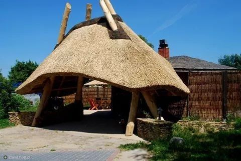 Welcome to Traditional Thatch RoofsAs we are enteringthis time of the year people are getting there entertainmentareas ready for summer if you are considering a thatch roof don't even thinktwice to make use of Traditional Thatch Roofs contact Michael 071 185 8563New pools or getting your old oneredone I highly recommend Pool Topia contact person Gustav 079 917 8446.I would also like to warn people that there is a lot of fly bynights specially in the thatching game you pay a deposit and end…