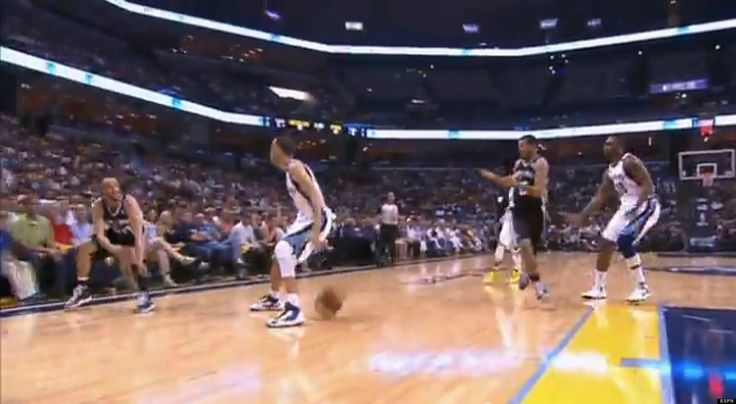 Manu Ginobili Passes Between Tayshaun Princes Legs For Assist In Spurs-Grizzlies Game 4