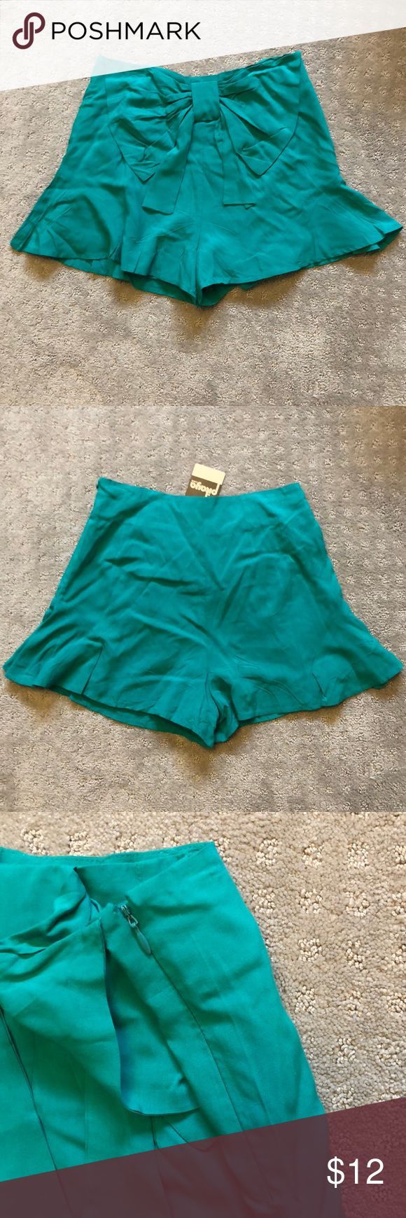 Teal shorts with a liner small Brand new with tags Shorts Skorts