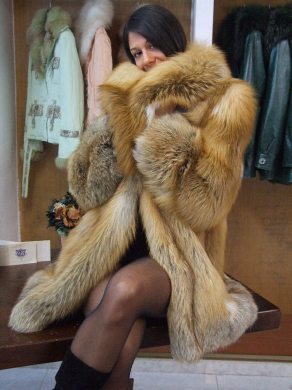 Red Fox Fur Coat Mannequin 3 Pinterest Coats Fox