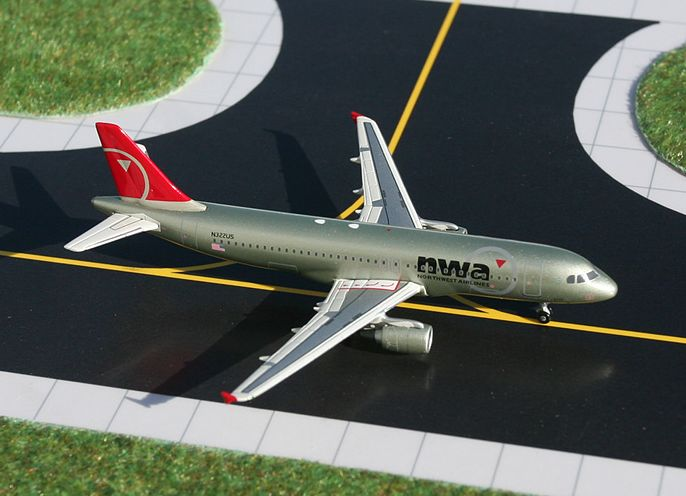 1/400 GeminiJets Northwest Airlines Airbus A320-200 Diecast Model