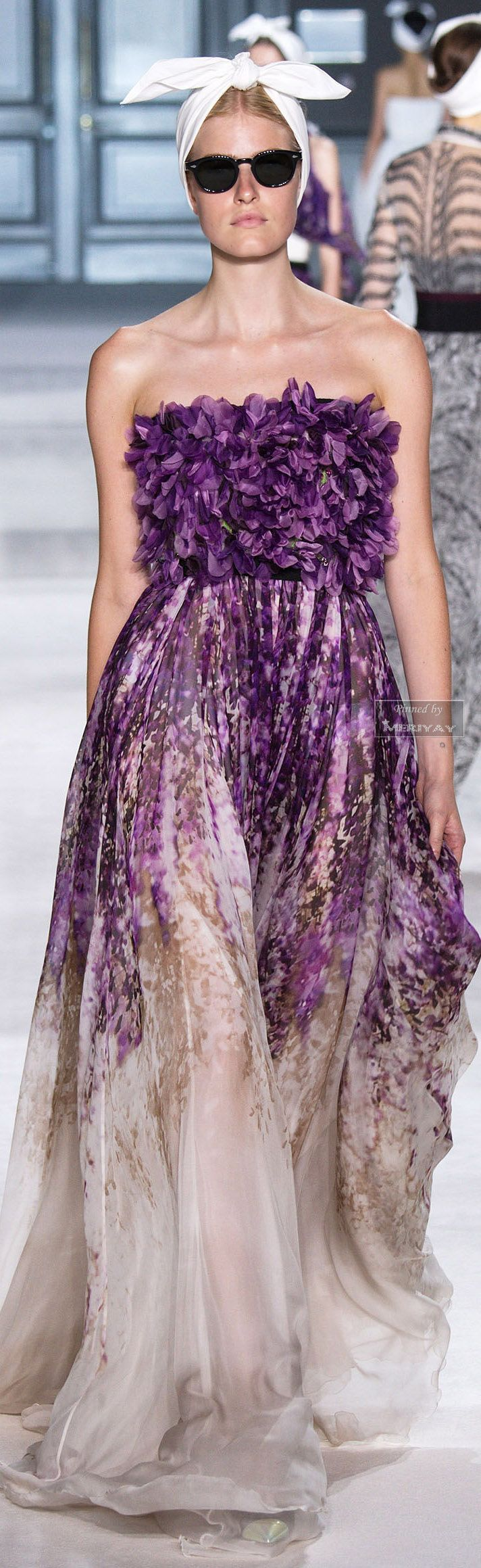 38 best dream dresses images on Pinterest | Party fashion, Evening ...
