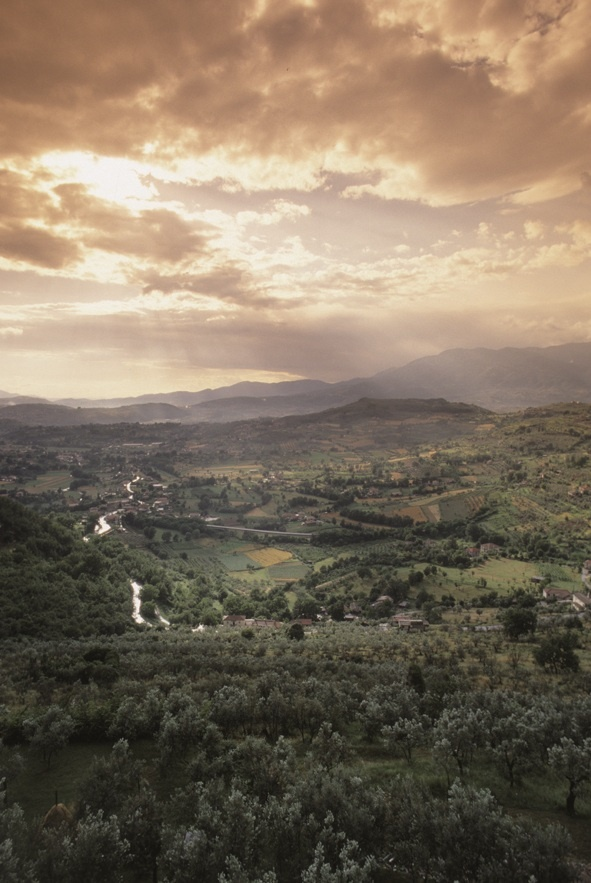 Discover a new Italy with our Ciociaria tours...Stupendous views from Arpino.