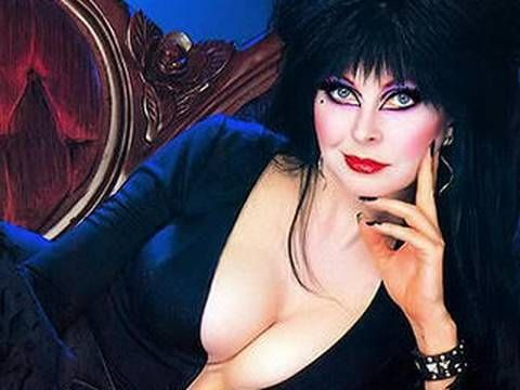Elvira: Mistress of the Dark Makeup Tutorial MissJessicaHarlow Uploaded on Oct 5, 2009