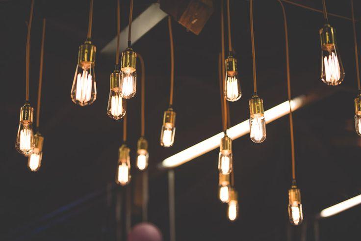 Hangulatvilágítás #lampa, #izzo, #hangulat, #dekor, #eskuvo, #dekoracio, orokrekepek.hu