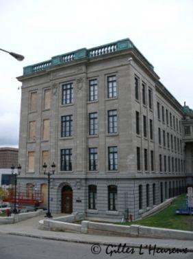 http://histoire-du-quebec.ca/wp-content/uploads/2015/04/edifice_honore_mercier_parlement.jpg