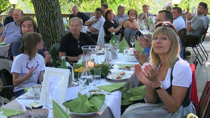 UNSERE EINSATZKRÄFTE SIND EINFACH SUPER! - Helmut Moser feierte mit ihne...