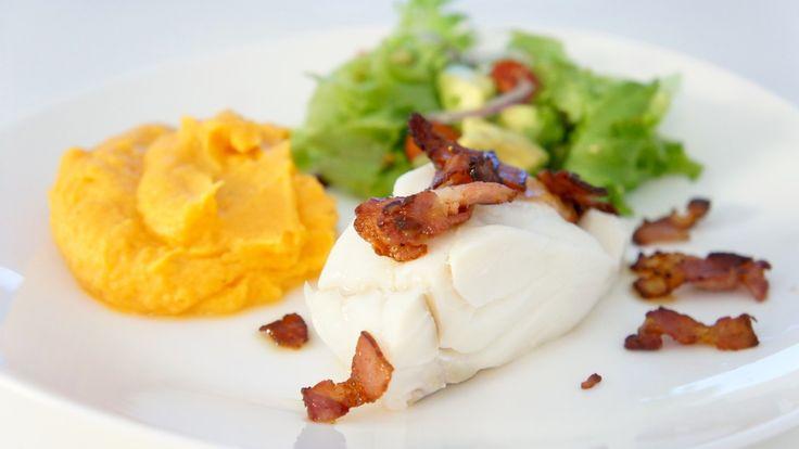Skiskytter Vetle Sjåstad Christiansens favorittmiddag er torsk med bacon og søtpotetpuré.