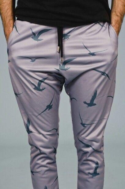 Pantalon BIRDEY GREEN Prenda unisex Moda para estar en tu casa www.vanhoston.com