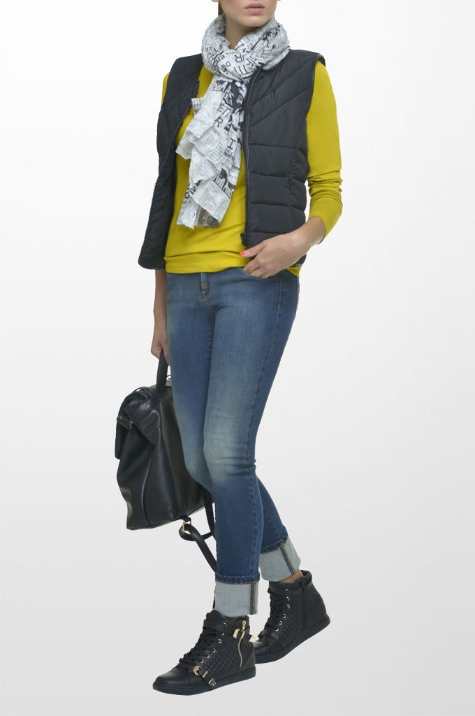 Sarah Lawrence - quilted zip vest, jersey long sleeve blouse, skinny denim pant, printed scarf.