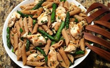 Lemon Pasta with Grilled Chicken and Asparagus Hotpot, Yummy Food, Lemon Pasta, April Cookin, Grilled Chicken, Asparagus, Pasta Recipe, Healthy Food, Yummy Stuff