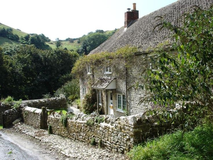 Cottage in Dorset ~ Stone Wall