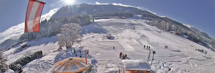 Familienskigebiet Hagerlifte Schneeberge Hagerlifte Schigebiet Tirol Anfängerskigebiet Thiersee Ferienland Kufstein Österreich Familienschigebiet Schipass