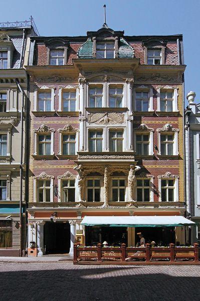 Riga arhitekts konstantīns pēkšēns 1902 rental building with shops smilšu street 2