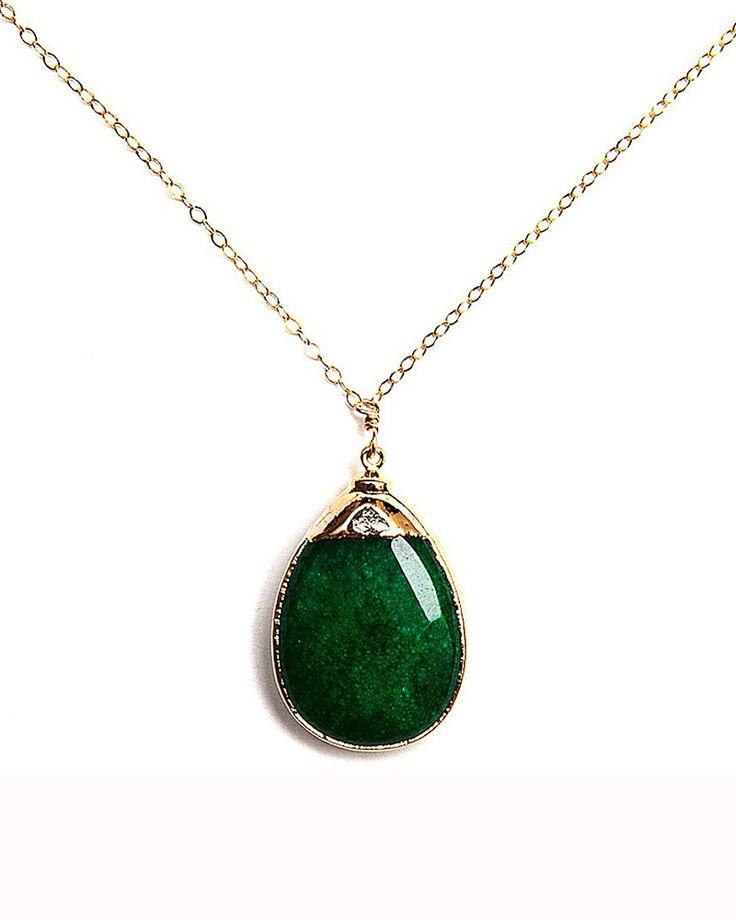 Green Jade Amsu Necklace