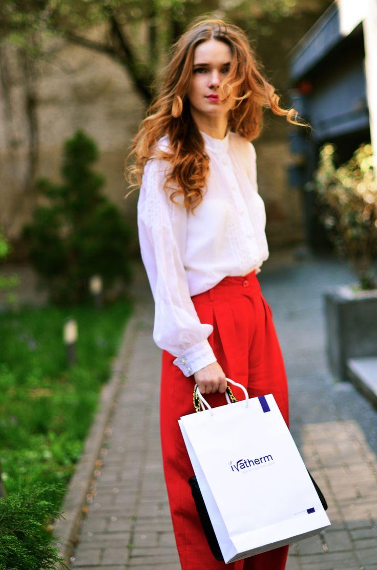 Andreea Bucovineanu (Ivatherm) #prettygirl #beauty #ivatherm #herculanethermalwater #fashion #shoppinggirl