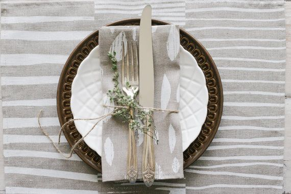 This white Drops pattern on natural linen is both subtle and simple, inspired by East coast living. These napkins make any gathering around food more beautiful. Find your set of 2 or 4 at keephousestudio on Etsy