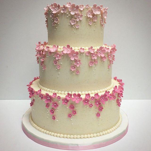 39 best Wedding Cakes images on Pinterest Cake wedding