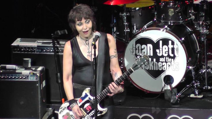 #80er,9/8/2016,Blackhearts,Complete,#Full #show,#Hall #of Fame,#Hard #Rock,#joan #jett,Kenny Laguna,#LIVE #CONCERT,#NY,#Rock Musik,Saratoga Springs,September 8,#Sound,SPAC,TMI,#too #much info #Joan #Jett 9/8/16: 3 – TMI – SPAC, Saratoga Springs, #NY - http://sound.saar.city/?p=38843