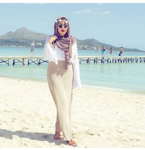 Neutral hijab outfit ideas http://www.justtrendygirls.com/neutral-hijab-outfit-ideas/