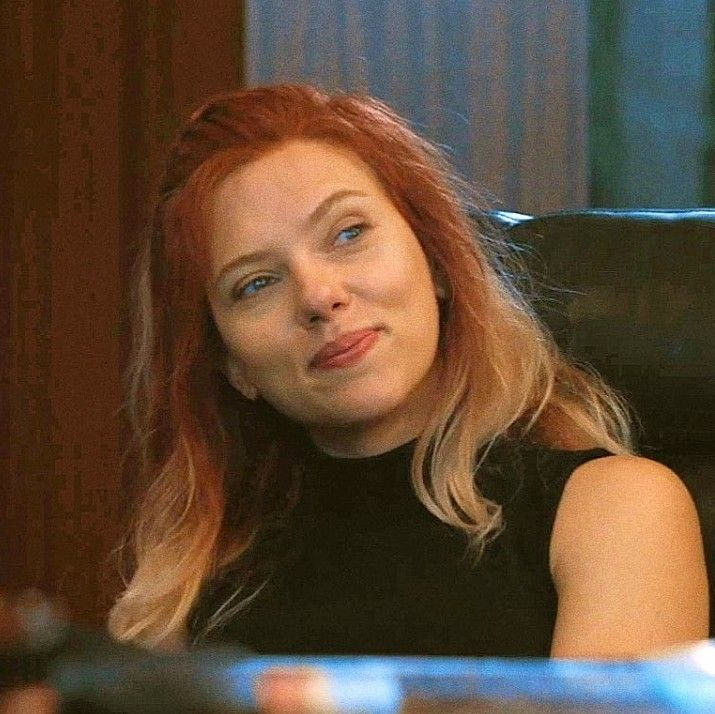 I Love Her Hair In This Pic Also It S Really Nice To See Her Actually Smiling Black Widow Avengers Black Widow Marvel Black Widow Scarlett