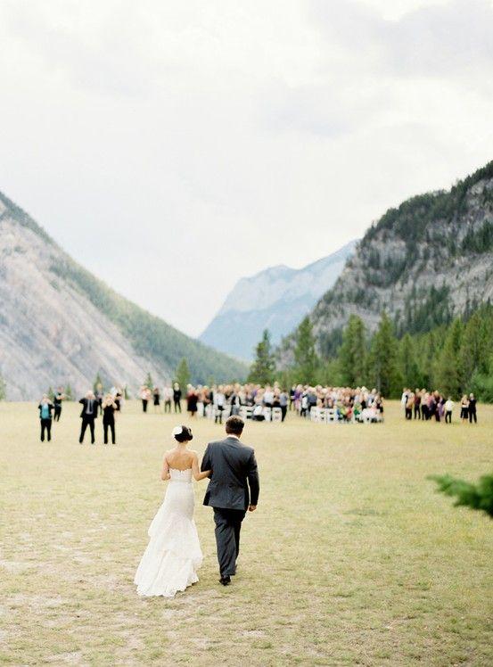 everlytrue:    Mountain Wedding  [by Jose Villa]