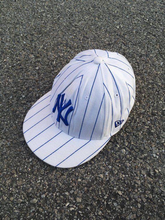 NEW YORK YANKEES Snapback Cap Vintage 90 s Ny Yankees White Cap Teen  Baseball Cap Sportswear Ny Hip Hop Big Logo Apparel Sport ce9aa9074ed6