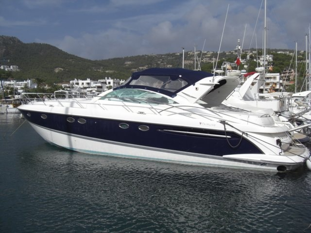 FAIRLINE TARGA 52 - FOR SALE  From 2003. 2x Volvo Penta D12-715 hp EDC engines. 3 double cabins, an enormously accommodating cockpit area. Airco, generator, water maker and Avon SE 320 DL Jet Rib with outboard. Xenon underwater lights and led chrome boat signage. New sun bed cushions. Fully packed with owner bespoke upgrades and extras added from 2007 to 2010 with a total investments of 60,000 GBP. Together with fitted factory options worth of 90,000 GBP. Absolute the best you can get.