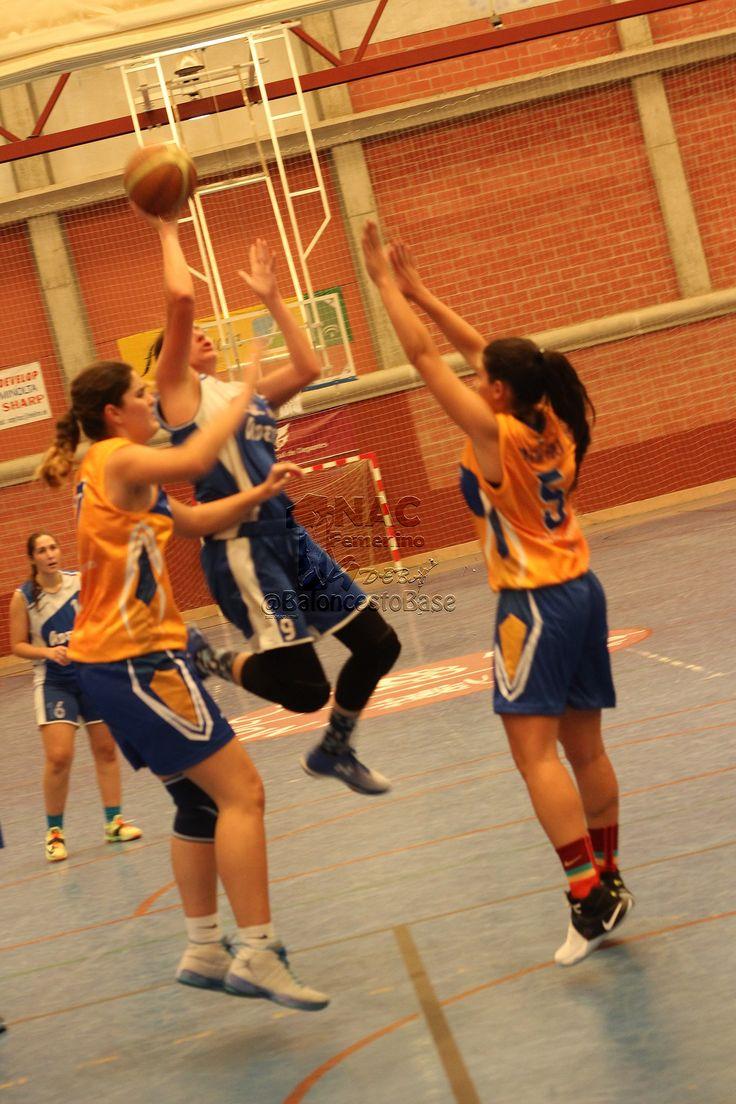https://flic.kr/s/aHskP3kstL   Adeba 1NAC & Agustinos   #BaloncestoAdeba & #BaloncestoAgustinos   Partido amistoso. Infantil Femenino Temporada 2016/2017. Jugado en el Polideportivo de Margaritas el 30 OCTUBRE 2016   Que somos??? LOBAS Quienes somos??? A-DE-BA   #arpiaphoto #baloncesto #baloncestofemenino #basketfem #basketfemenino #universomujer  #basketball #basket #cordobasket #basket #basquet #basketball #basquetbol #nba #kiaenzona #kiaenzonabasket #lobadeba