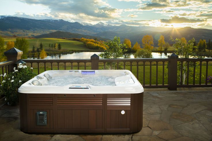 Sundance Spas Capri Model, Sits 2-3 Adults, Great Patio Spa. Optional BLUEWAVE™ Spa Stereo System With BLUETOOTH®