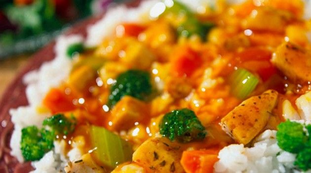 arroz com frango de panela de pressão