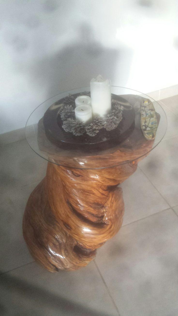 Mesita de olivo