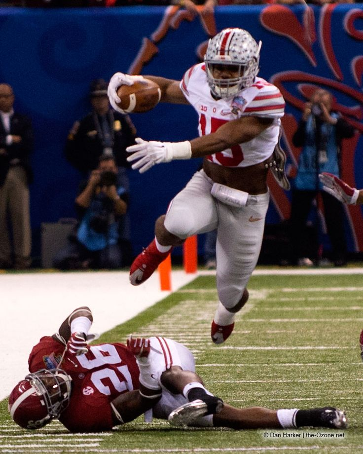 Zeke and the Buckeyes hurdle 'Bama. theOZone.net photo