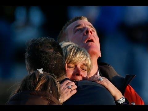 Το δάκρυ του Obama για το μακελειό στο Connecticut...   http://politicanea.blogspot.gr/2012/12/obama.html