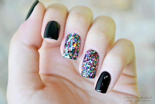 unas-decoradas-naturales-negro-y-colores