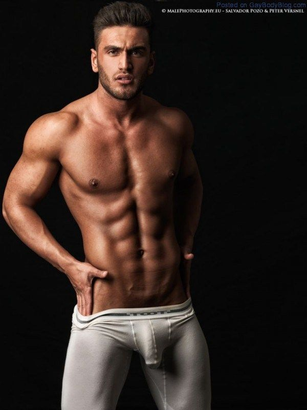 Male athletic naked nude athletes