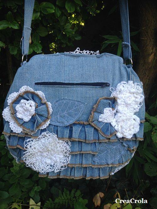 CreaCrola.nl: Tasje gemaakt van ma's jeansrok + gehaakte kleedjes, mooie herinnering