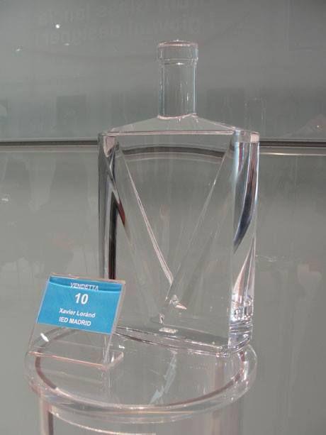 """""""Vendetta"""", proyecto de Xavier Loránd, exalumno de IED Design Madrid. 1er premio en la categoría Destilado."""