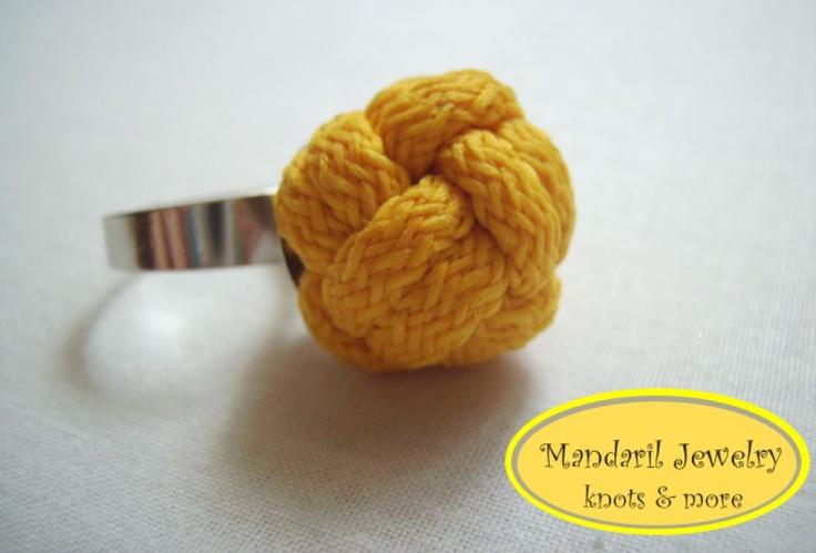 Sárga giga bog gyűrű by http://www.breslo.hu/mandaril/shop