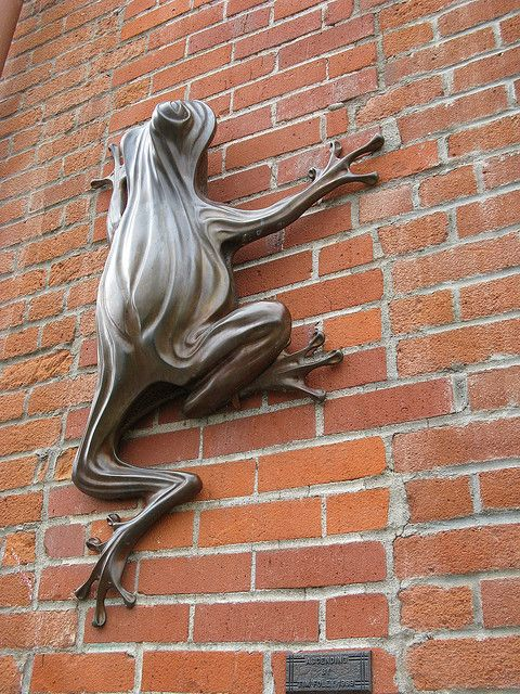 Frog Sculpture by Tim Foley in Downtown Corvallis, Oregon