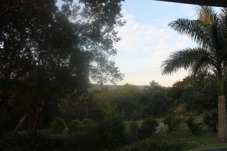 #cuckooridge #selfcatering #hazyview #accommodationinthelowveld #Peaceful #peaceandquite Beautiful Morning at Cuckoo Ridge Don't forget to book your accommodation this summer. Phone us on +27 (0)72 430 1934 or book online https://www.nightsbridge.co.za/bridge/Search?bbid=12848