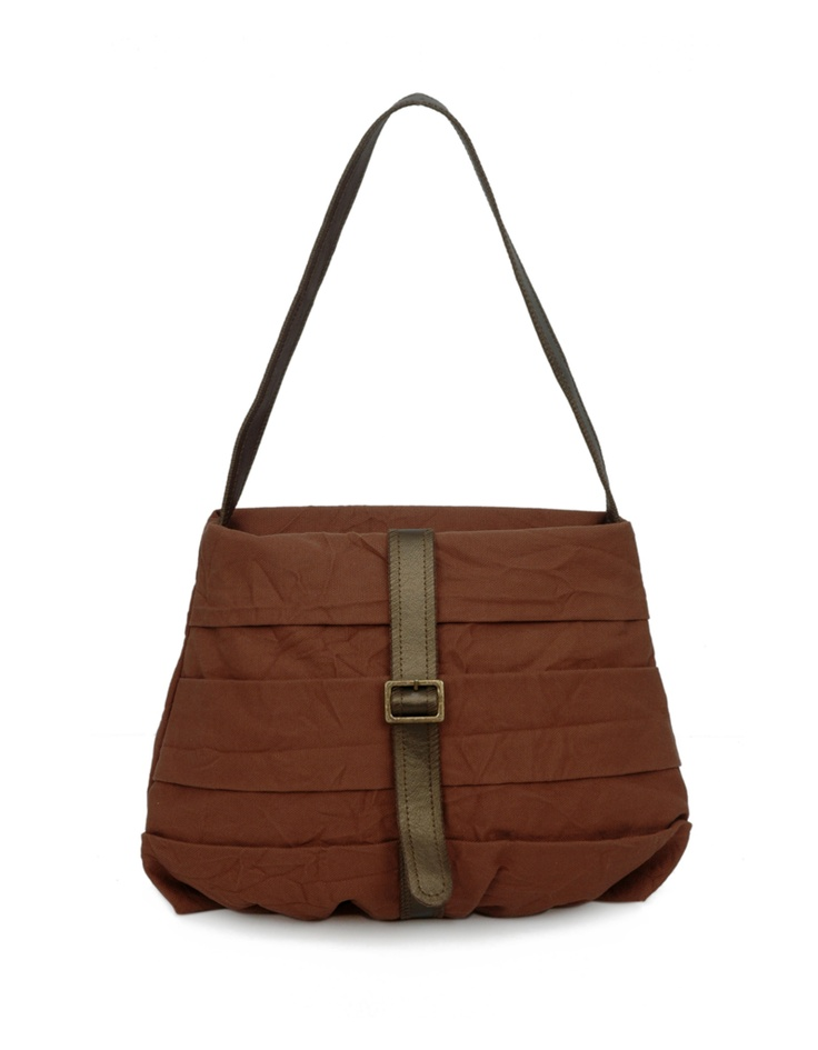A casual bag for on the go functionality by Baggit.