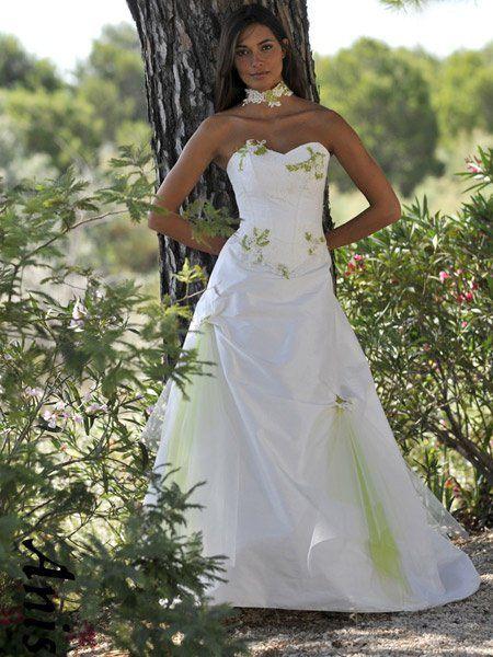 Robe de mariee blanche et verte