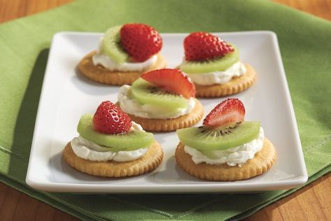 Galletas RITZ con PHILADELPHIA y fruta