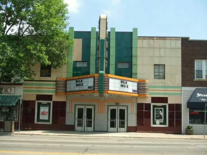 Court street theater, Saginaw, MI