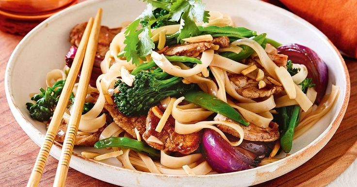 Have dinner on the table in a flash with this quick five-spice pork and broccolini stir-fry.
